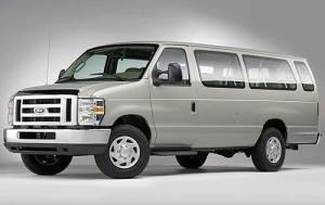 2009 Ford E-Series Wagon Pictures